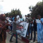 العشرات من حملة الباكلوريا الممنوعون من ولوج الجامعة يتظاهرون امام وزارة التعليم العالي