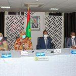 الوزير الأول يدعو لتكريس احترام رموز الدولة